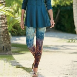 SOFT SURROUNDINGS Have to Have it Leggings Orion